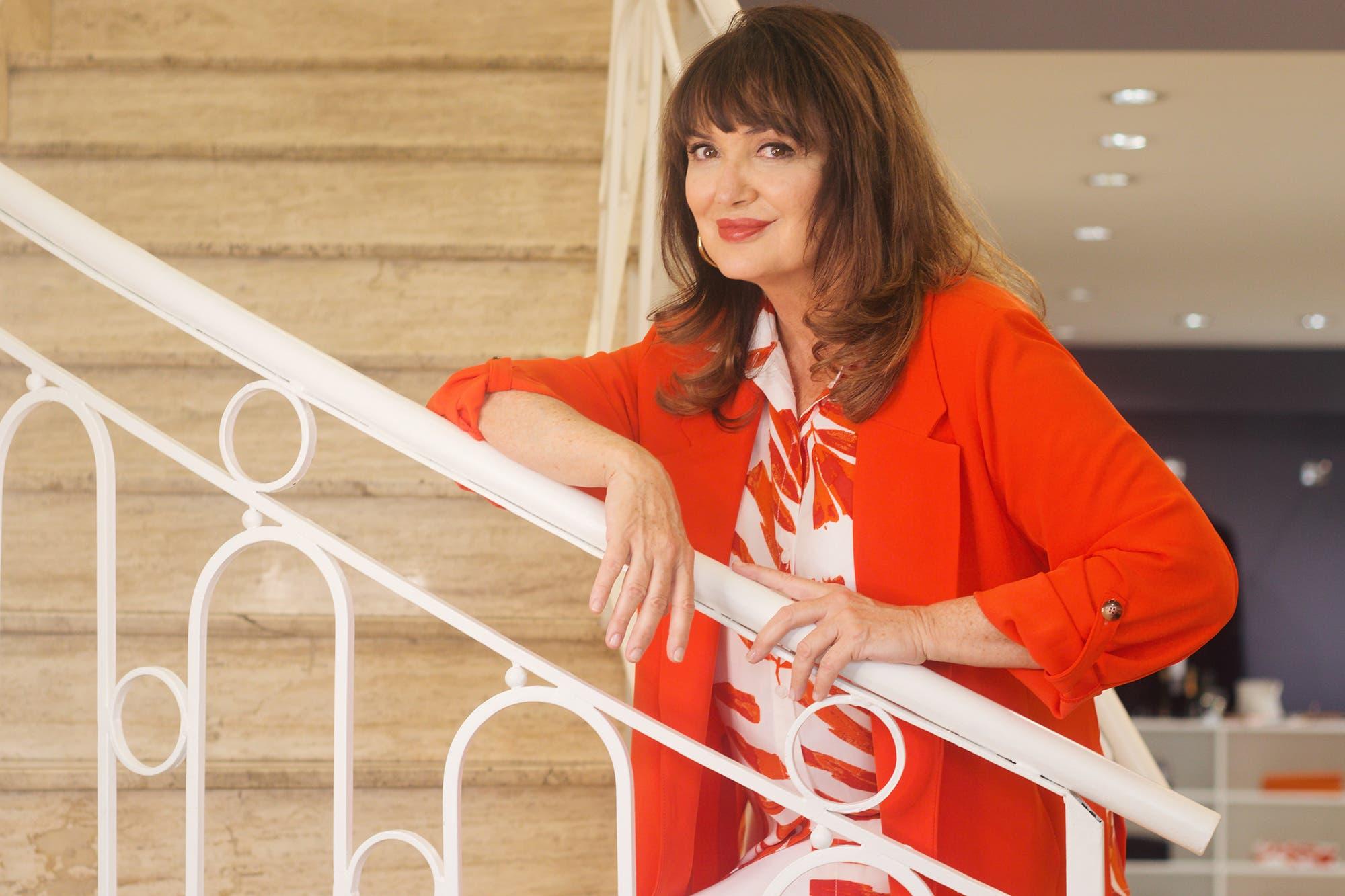 """Patricia Echegoyen: """"Siempre intento ver el vaso medio lleno, porque soy positiva y le meto mucho humor a la vida"""""""