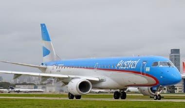 Según se reportó oficialmente, la aeronave de Austral aterrizó en Rosario hoy alrededor de las 2.10