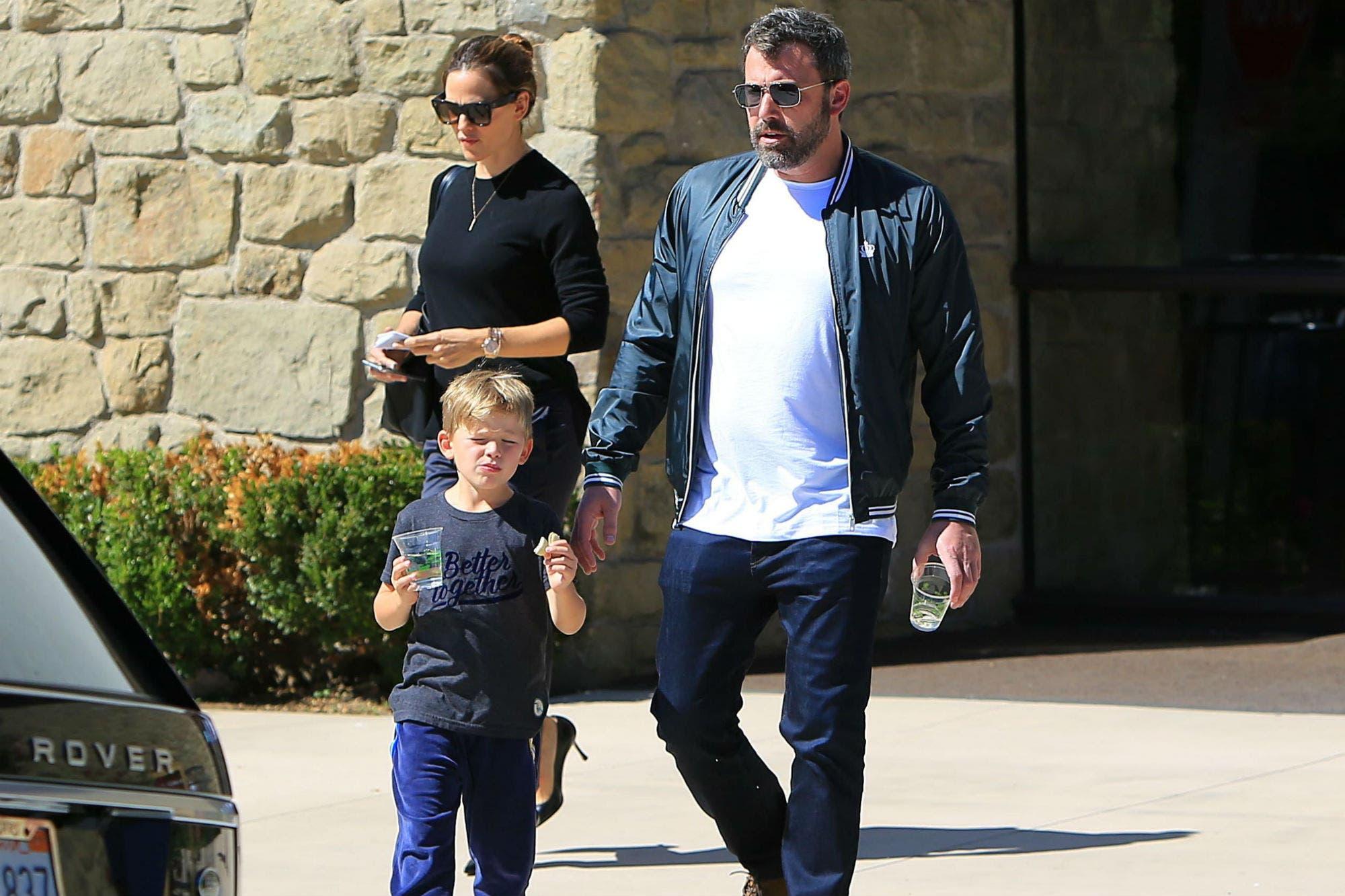 Tras salir de rehabilitación, Ben Affleck comparte salidas en familia con Jennifer Garner