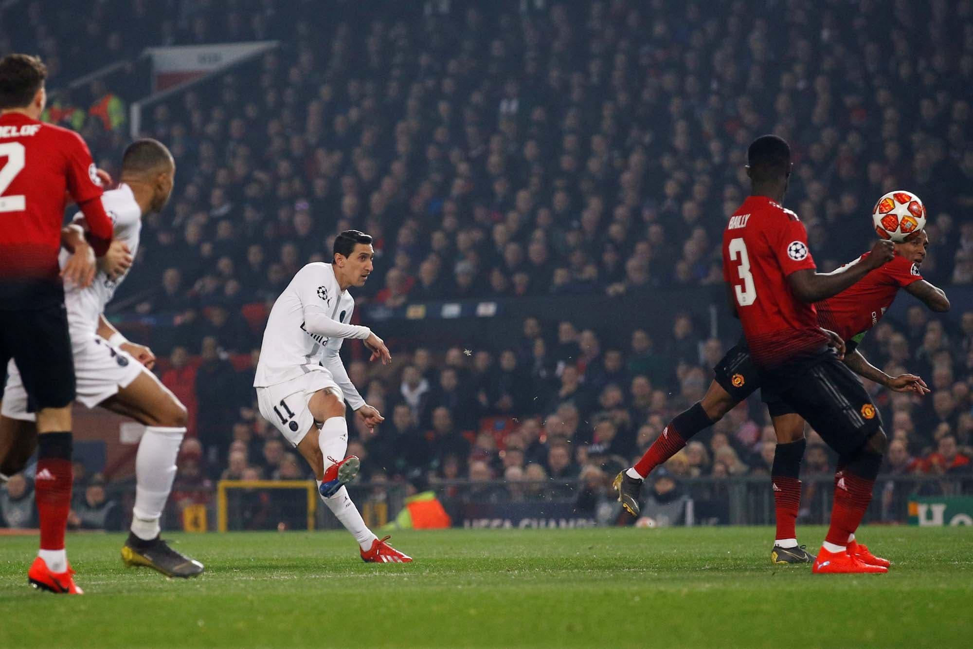 De los pies de Ángel Di María nació el éxito de PSG en su visita a  Manchester United por la Champions League 95fa32a080c1a