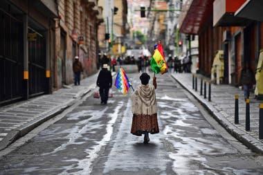 Seguidores del ex presidente de Bolivia, Evo Morales, se manifiestan por las calles de El Alto