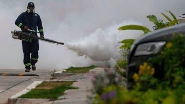 La fumigación es una de las maneras más efectivas para combatir la reproducción del mosquito