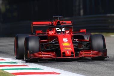 Sebastian Vettel tuvo un gesto simpático con sus compañeros de equipo en Ferrari.
