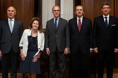 Los cinco miembros de la Corte Suprema