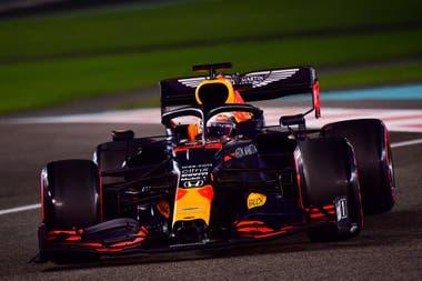 En Abu Dhabi, Max Verstappen logró la tercera pole position de su carrera