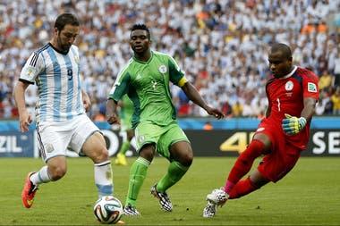 El último choque mundialista entre ambos: Argentina 3 vs Nigeria 2, en el Beira Río de Porto Alegre