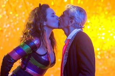 009dc16e1a Daniela Mercury y Caetano Veloso cantan contra