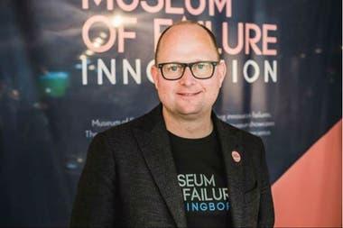 Samuel West, el director del Museo de los fracasos