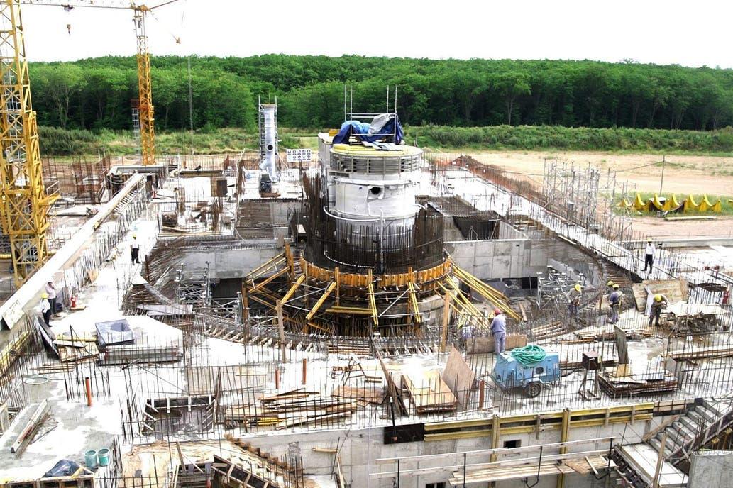 Noticias de la Comisión Nacional de Energia Atómica (CNEA) - Página 5 3160469w1033