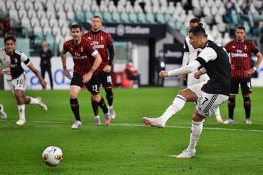 Copa Italia: Cristiano erró un penal de Juventus y Rebic fue expulsado en Milan por una patada voladora, todo en cinco segundos - LA NACION
