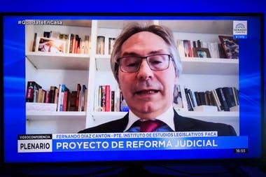 """""""Este proyecto va en contra de lo que propone"""", opinó Díaz Cantón"""