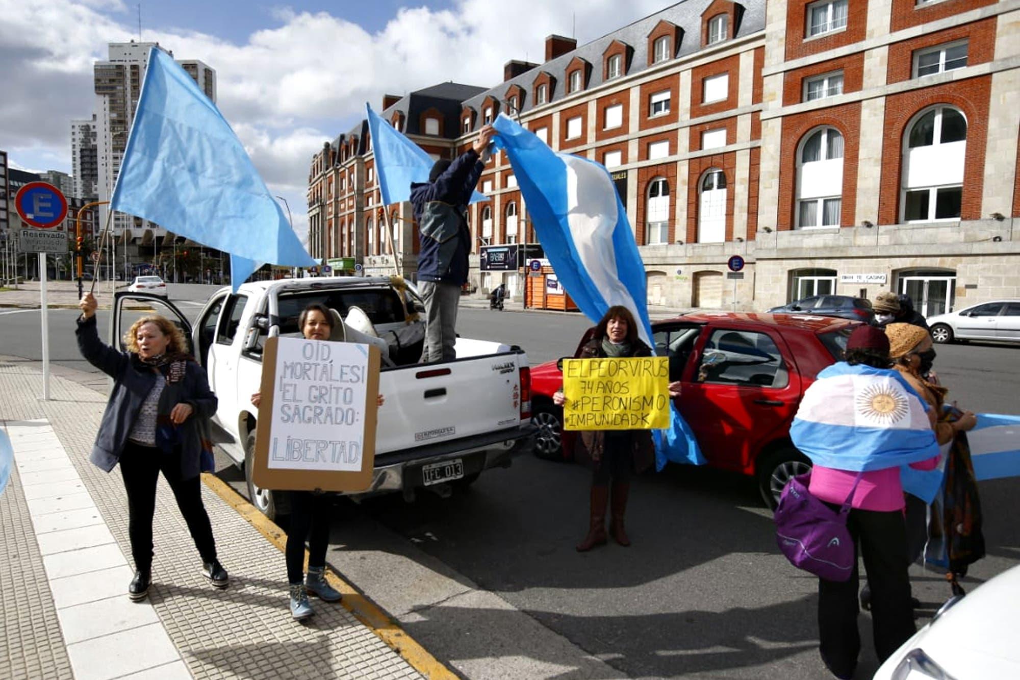 Banderazo: nueva protesta contra el Gobierno en varias ciudades del país y en el exterior