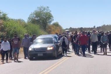 El cortejo fúnebre fue acompañado por todo el pueblo