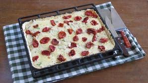 Tarta de tomates secos y queso de cabra