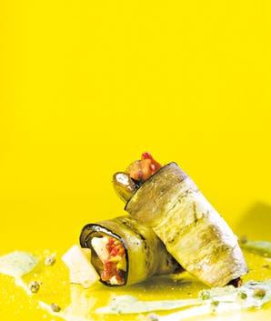 Ensalada griega con mayonesa de rúcula