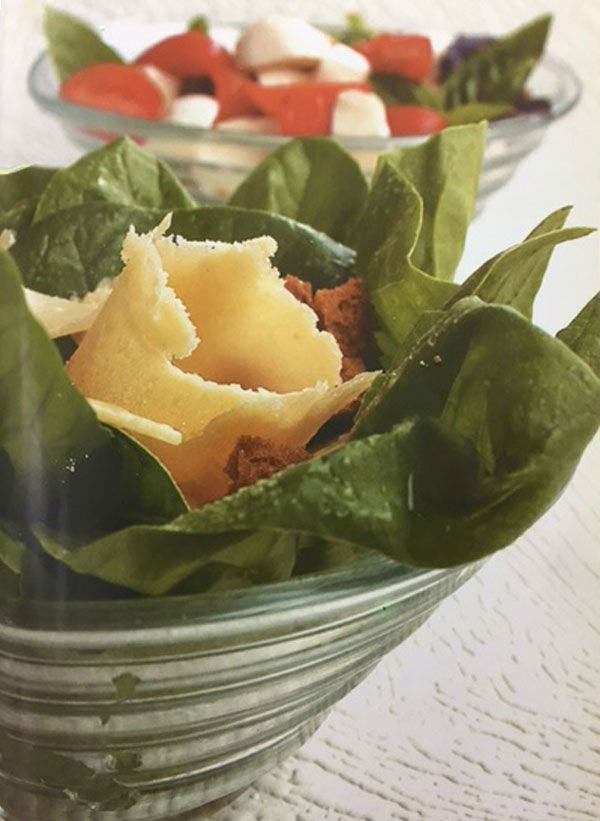 Receta de Ensalada fresca de espinacas y provolone