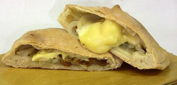 Receta de Calzone de queso con masa casera