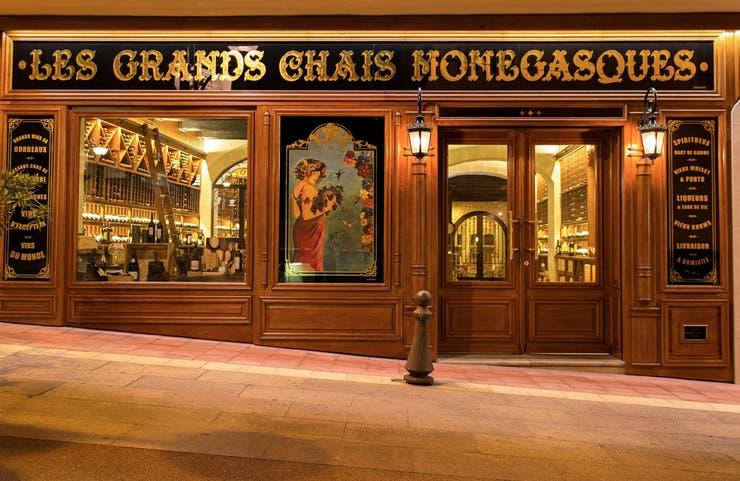 Les Grands Chais Monégasques funciona desde hace más de cien años y tiene etiquetas de hasta 40.000 euros
