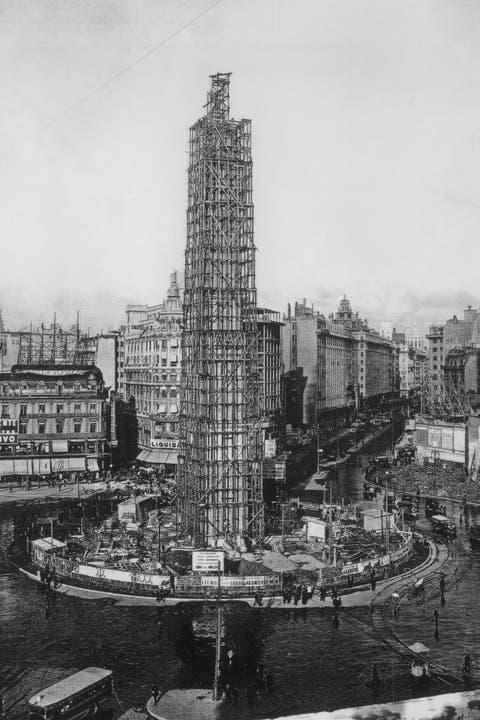 Historias del Obelisco: su obra se cobró una iglesia y casi fue demolido en 1939
