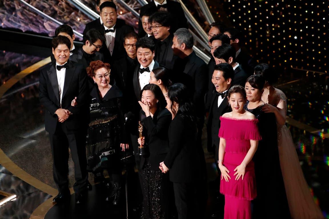Parasite, de Corea del Sur, se convirtió en el primer film de habla no inglesa en ganar un Oscar a mejor película