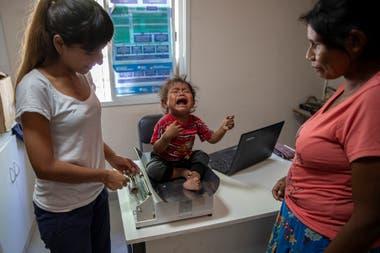 Luisa Sandoval, mamá de Benedicta Gomez de un año. La chica tiene un año y pesa siete kilos y 400 gramos.