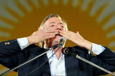 Néstor Kirchner pagó la deuda con el FMI en 2005, poniendo fin a las auditorías del organismo en Argentina.