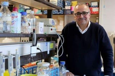 Ignacio López-Goñi es catedrático de Microbiología de la Universidad de Navarra, en España