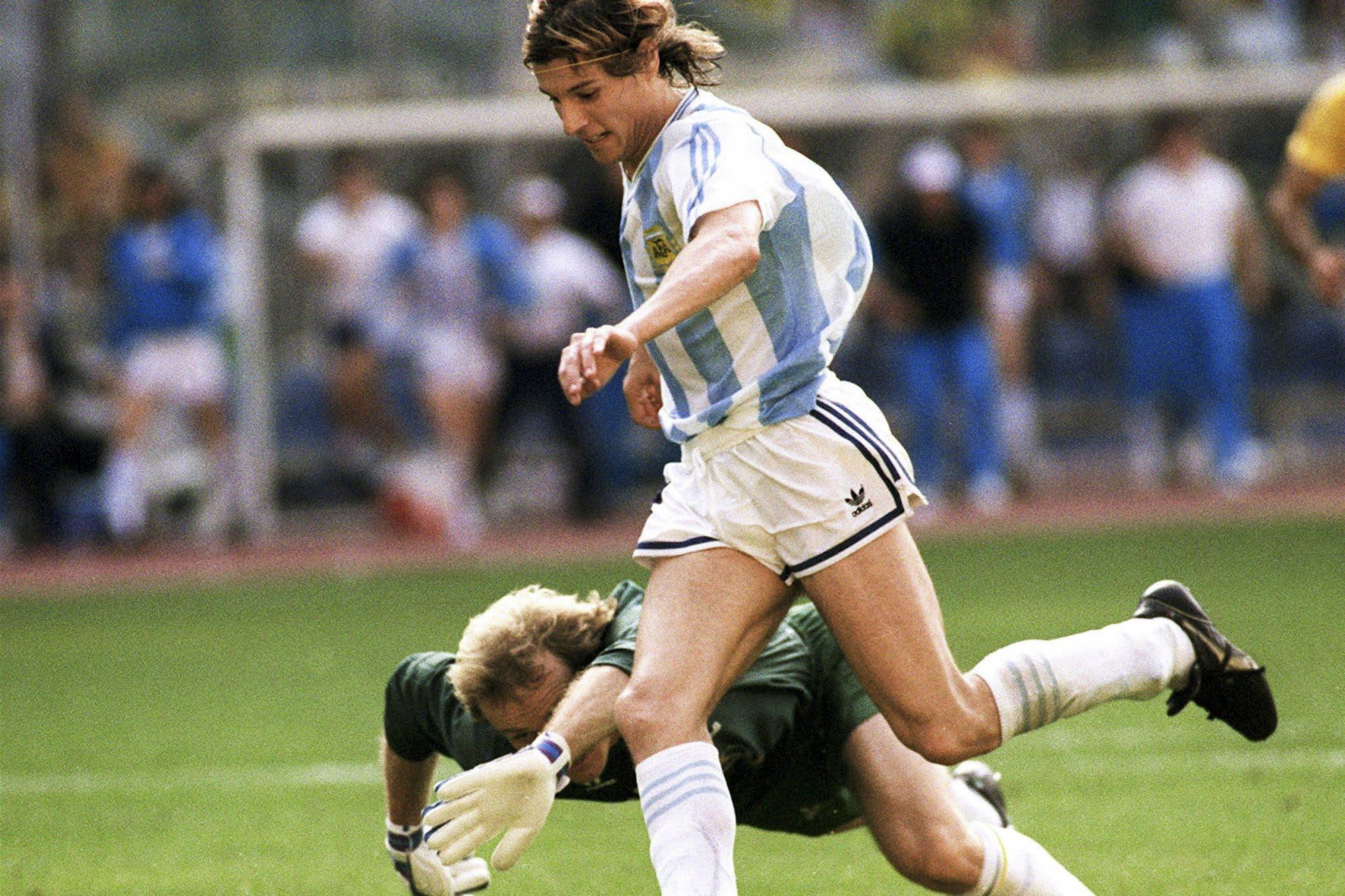 """Caniggia habló de Maradona, de Messi y de Italia '90: """"No querían que ganáramos el Mundial"""""""