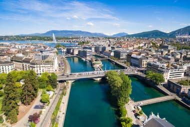 José Luis Manzano reside en Ginebra, Suiza, donde estudian sus hijos