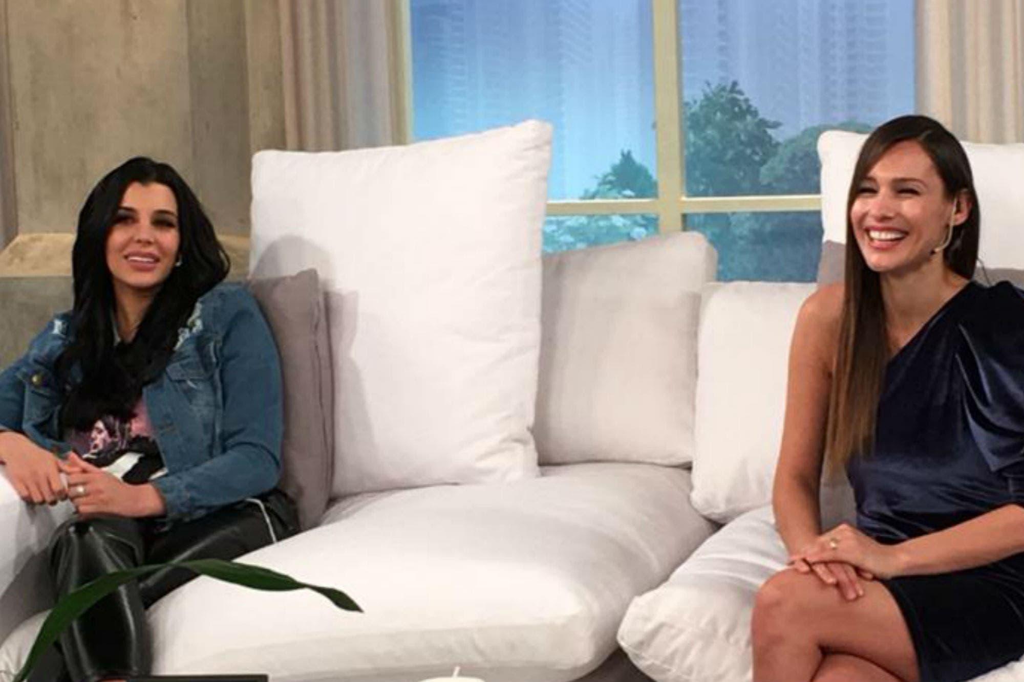 Los nervios de Charlotte Caniggia en su debut como panelista de Pampita Online