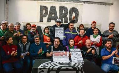 Los sindicatos clasistas llamaron a un paro activo durante una conferencia en el gremio del neumático