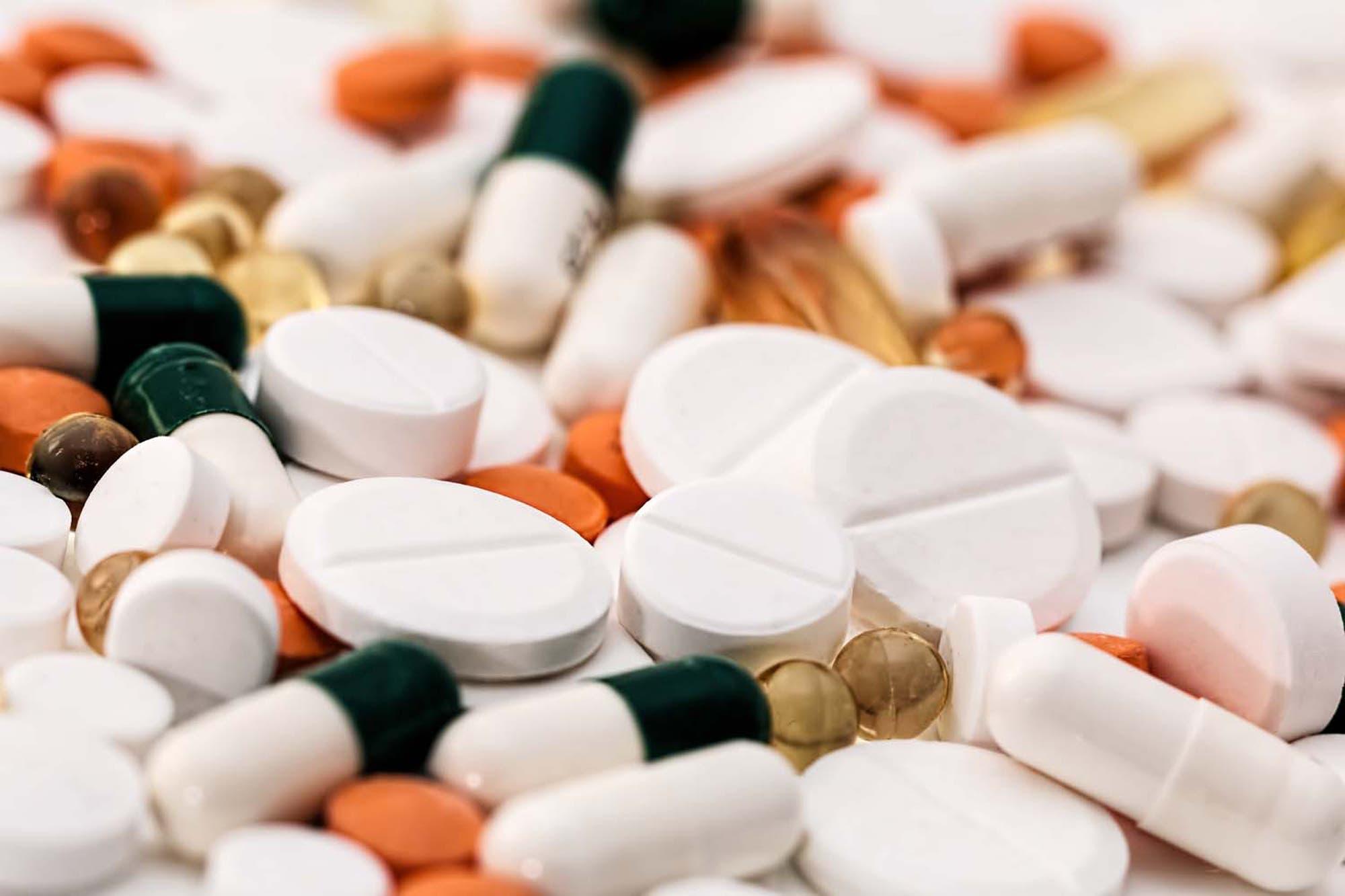 Cómo funciona la A.N.M.A.T., el organismo que controla alimentos y  medicamentos - LA NACION