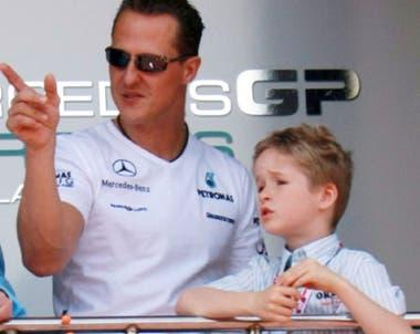 Otros tiempos: Michael con un pequeño Mick Schumacher