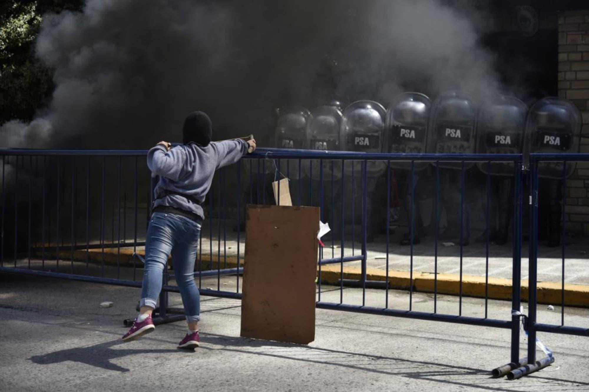 Una marcha por Rafael Nahuel terminó con 10 detenidos