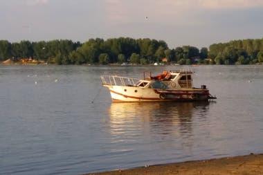 Verano sobre el Danubio, en la isla de la Gran Guerra.