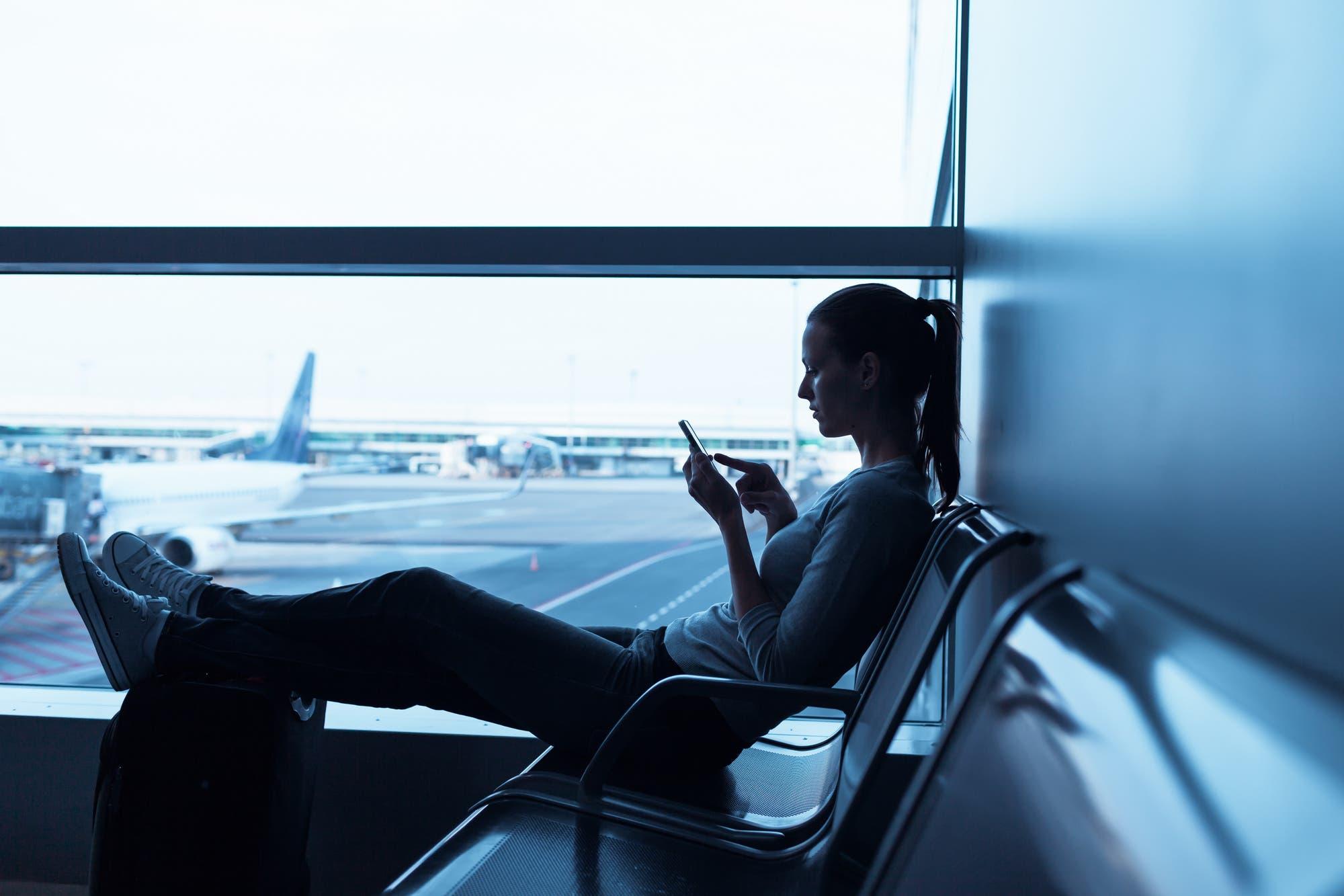 Para viajeros frecuentes: un mapa recopila las contraseñas de las redes Wi-Fi de aeropuertos de todo el mundo