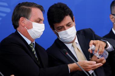 Coronavirus: el ministro de Salud, un rival impensado para ...