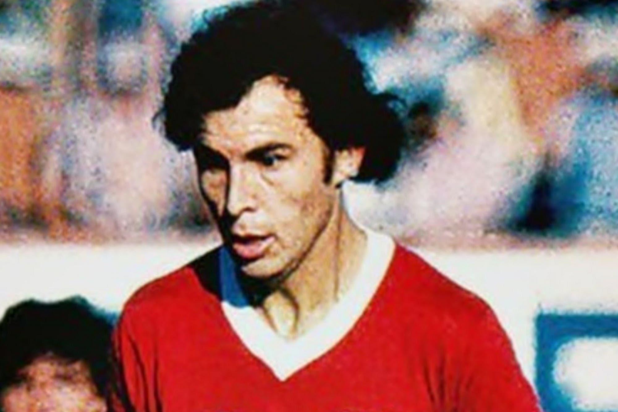 A 44 años del gol antológico de Bochini contra Peñarol: gambeteó a 8 rivales y la mandó a la red