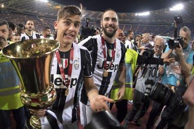 Gonzalo Higuaín y Paulo Dybala compartieron tres temporadas juntos en Juventus, pero quizá ambos salgan del club