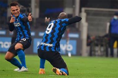 Lautaro Martínez y Romelu Lukaku, dos referentes futbolísticas de Inter.