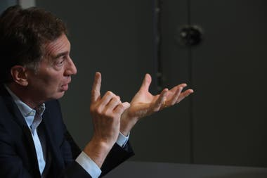 """""""No creo que haya que diferenciarse de Macri"""", plantea Santilli"""