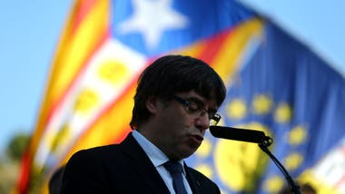 Incertidumbre en Cataluña: Puigdemont no define si declara o no la independencia