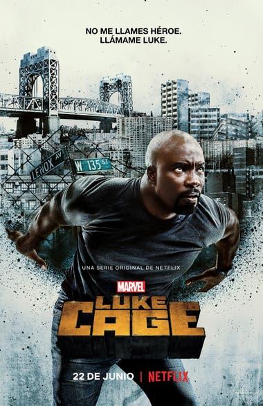 El nuevo afiche promocional muestra al héroe cargando la ciudad sobre sus espaldas