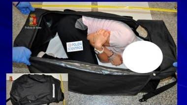 La modelo fue drogada, secuestrada y puesta en una valija el año pasado en Milán (reconstrucción del hecho)