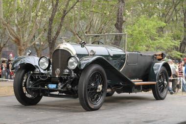 Bentley 3000 de 1927, una de las joyas de la muestra especial por el centenario de la marca inglesa