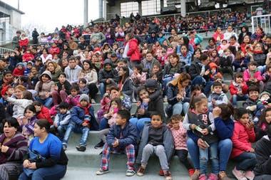 Los chicos tendrán un lugar de privilegio en la tarde del hipódromo de San Isidro, con juegos, teatro y un circo