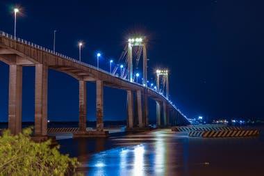 El puente General Belgrano une las ciudades de Corrientes y Resistencia