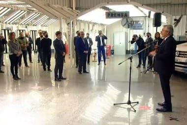 El Presidente compartió con Kicillof la reapertura de la planta industrial de la empresa automotriz multinacional Volkswagen en General Pacheco, partido de Tigre