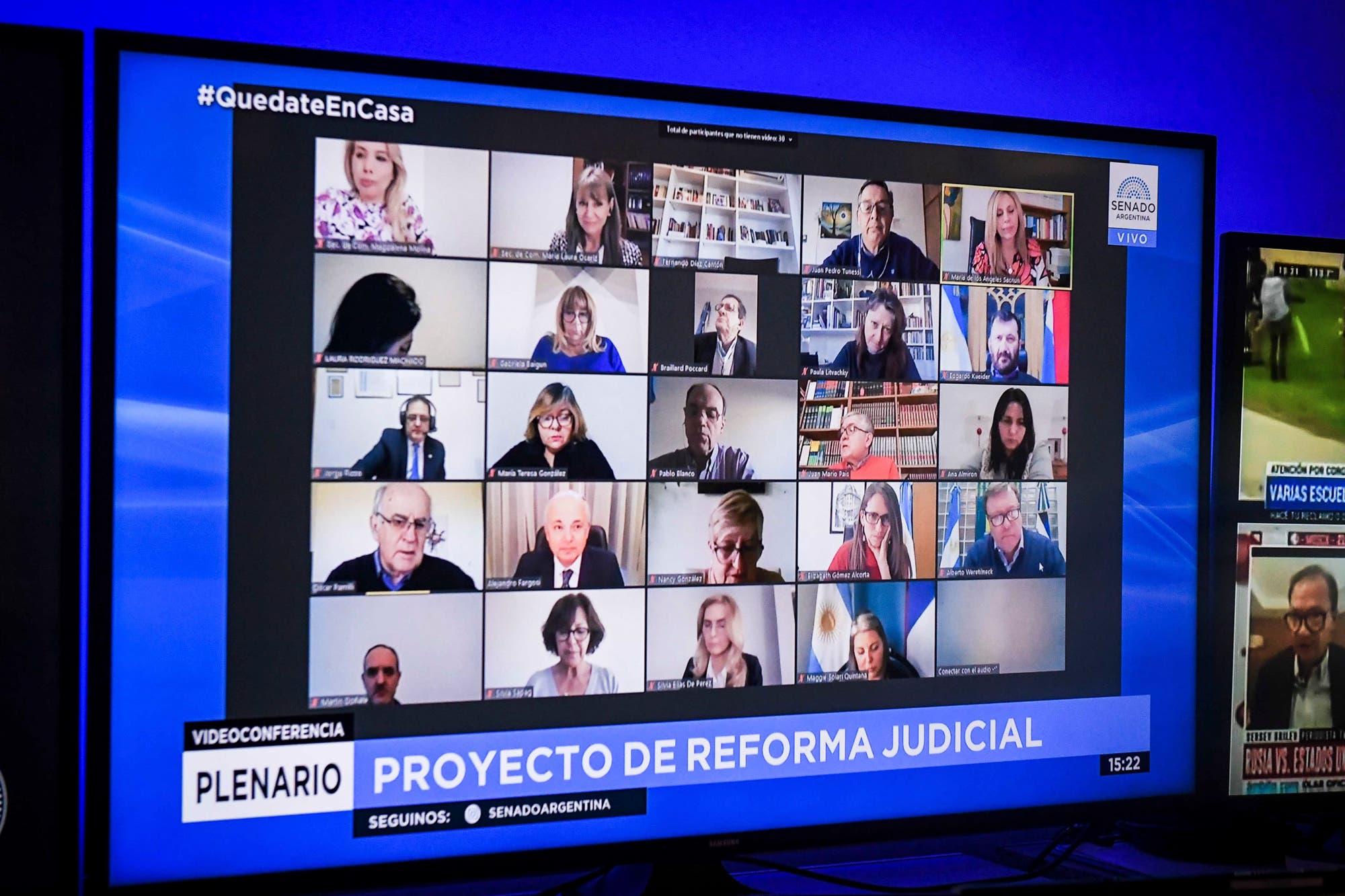 Suma críticas de especialistas el proyecto de reforma judicial en el Senado
