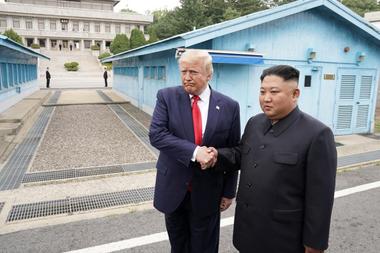El presidente de Estados Unidos y el líder de Corea del Norte Kim Jong Un